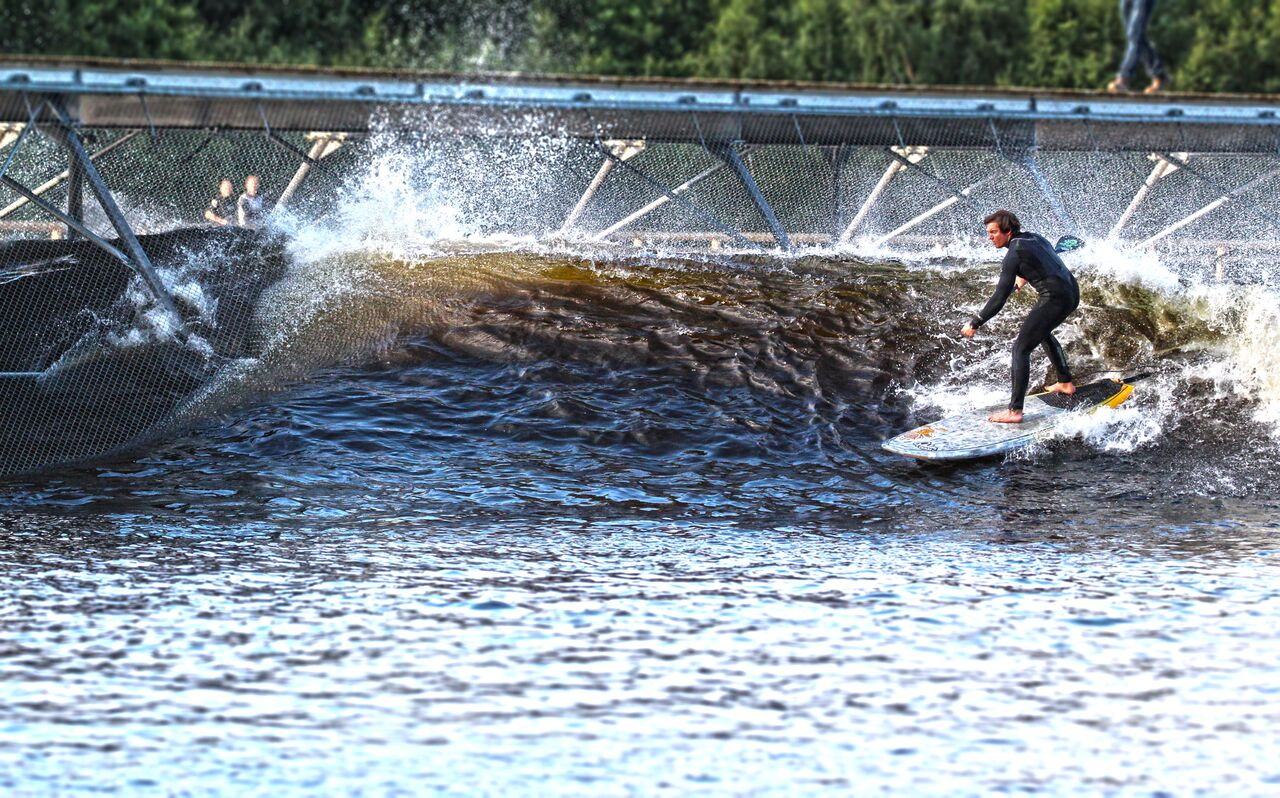 Surf Snowdonia wave park for FREE with Starboard