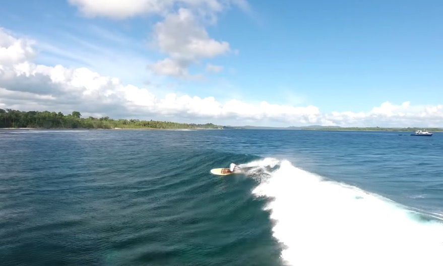 SUP Surfing in Mentawai Islands
