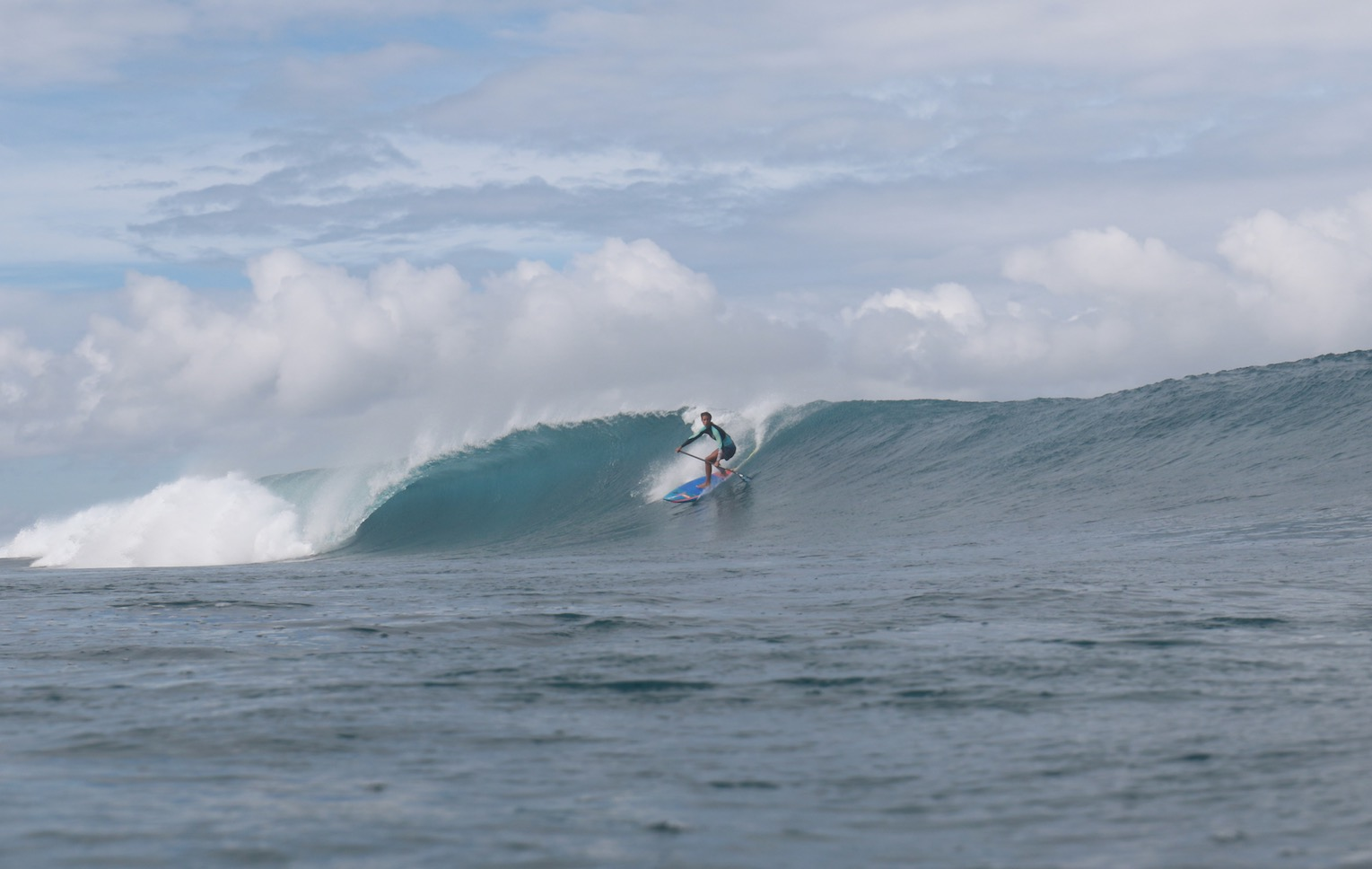 Girls SUP surfing Iballa Moreno