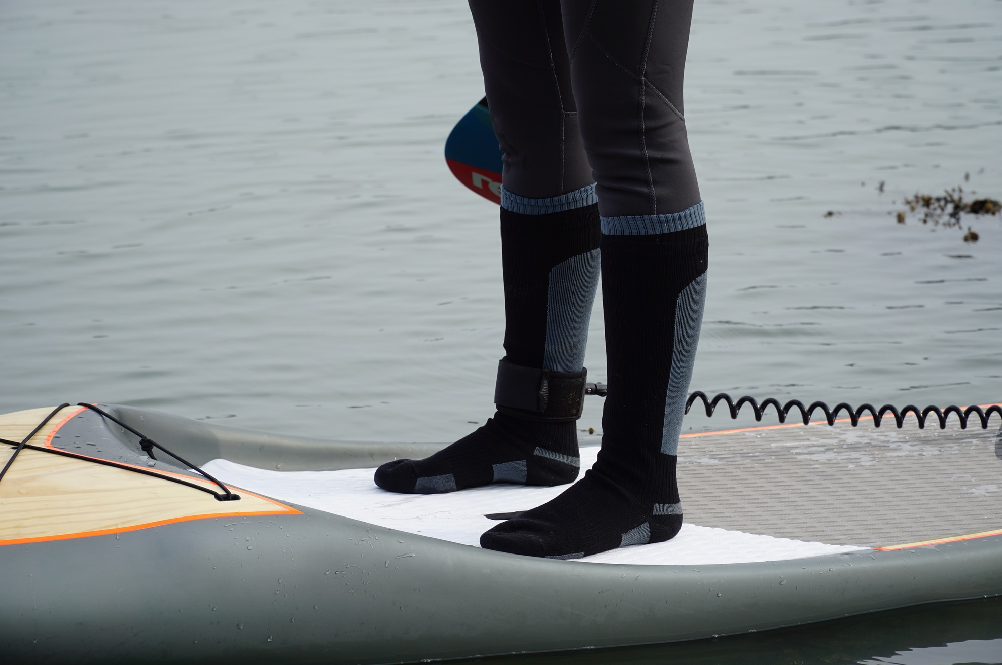 What to wear on your feet paddleboarding? - waterproof socks