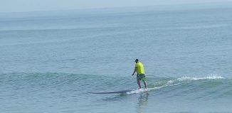 Longboard SUP surfing